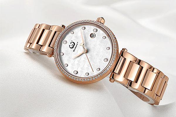 5000+款式选择,手表定做款式选择多种多样