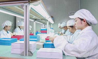 深圳手表加工厂-稳达时已在生产第一线奋战三十载